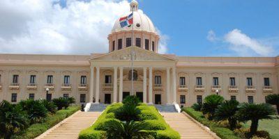 Danilo Medina promulga ley orgánica de la Policía Nacional