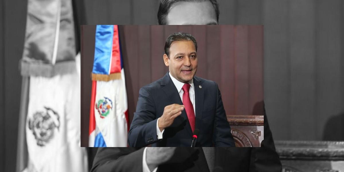 Alcalde electo de Santiago califica
