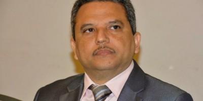 Presidente del Frente Amplio respalda reivindicaciones del colectivo sanitario