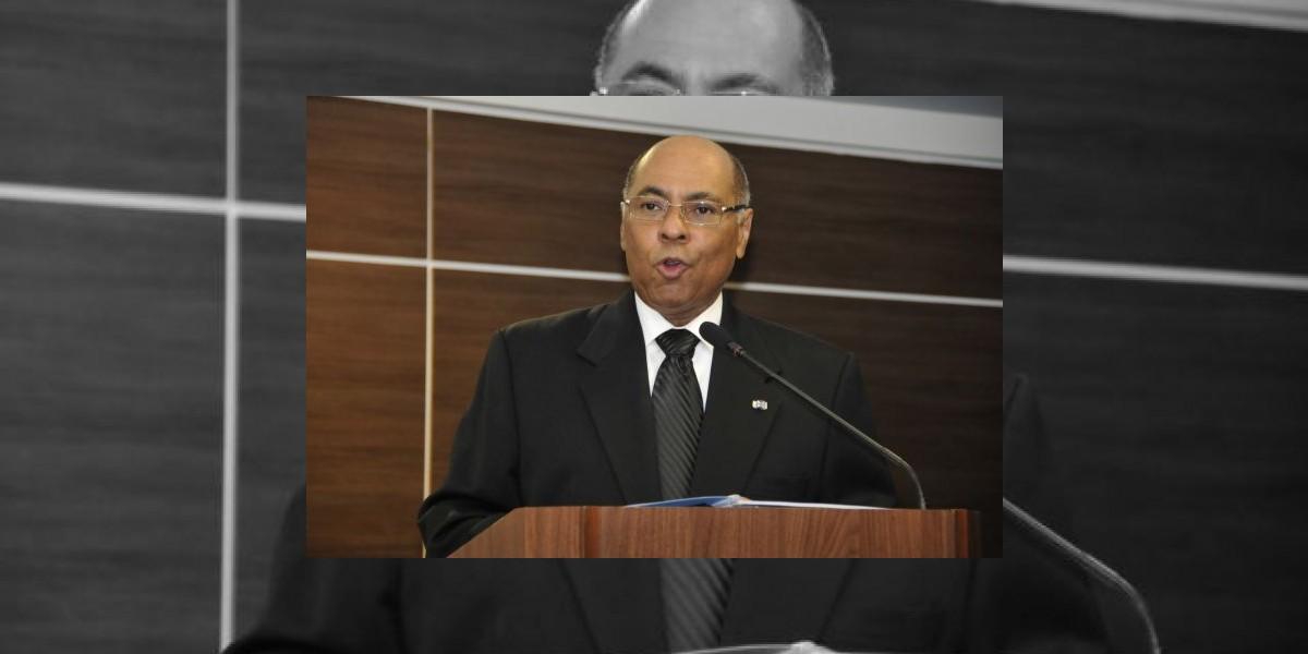 Presidente TC dice vías de recurso a reforma de la Policía están abiertas