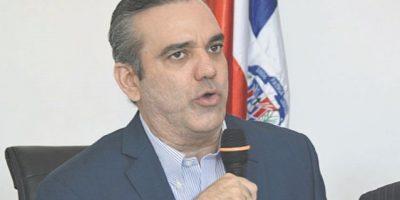 "Luis Abinader: ""Medina debería mostrar interés en Constitución"""