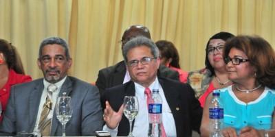 Médicos y Gobierno retoman hoy el diálogo