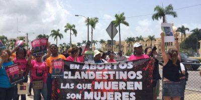 Realizan protesta en rechazo a penalidad al aborto terapéutico