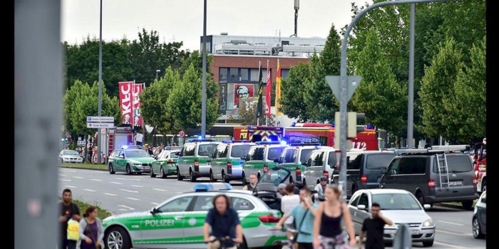 La misma Policía no ha logrado identificar a los atacantes, ni han podido establecer si es uno solo o varios. De acuerdo con testigos se trata de tres sospechosos. Foto:AP