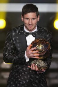 Su look más recordado es el de la gala de 2013. Foto:Getty Images
