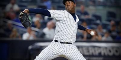 Informes: Chapman de Yankees a Cachorros por cuatro prospectos