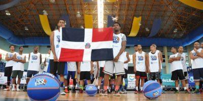 NBA3X inicia con éxito primera parada en Club Mauricio Báez