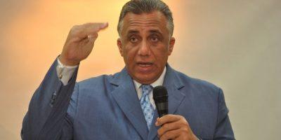 Luisín apela a la gallardía atletas  dominicano