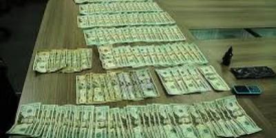 Apresan adolescente de 15 años con 5 mil dólares falsos