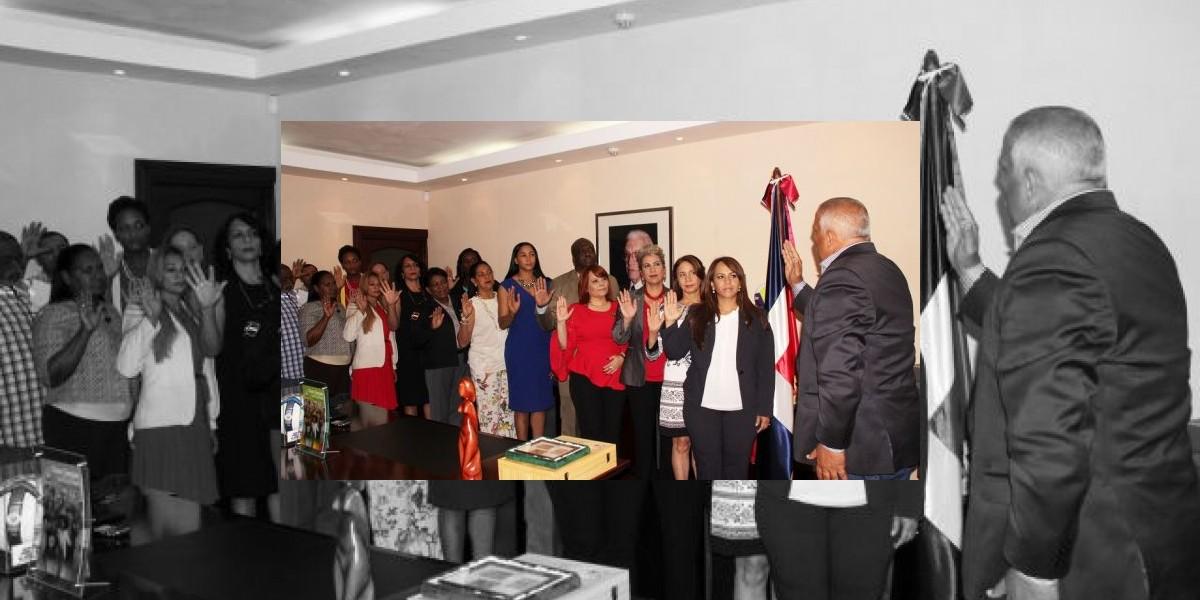 Jaime David juramenta Comité  para Juegos de la Mujer 2017