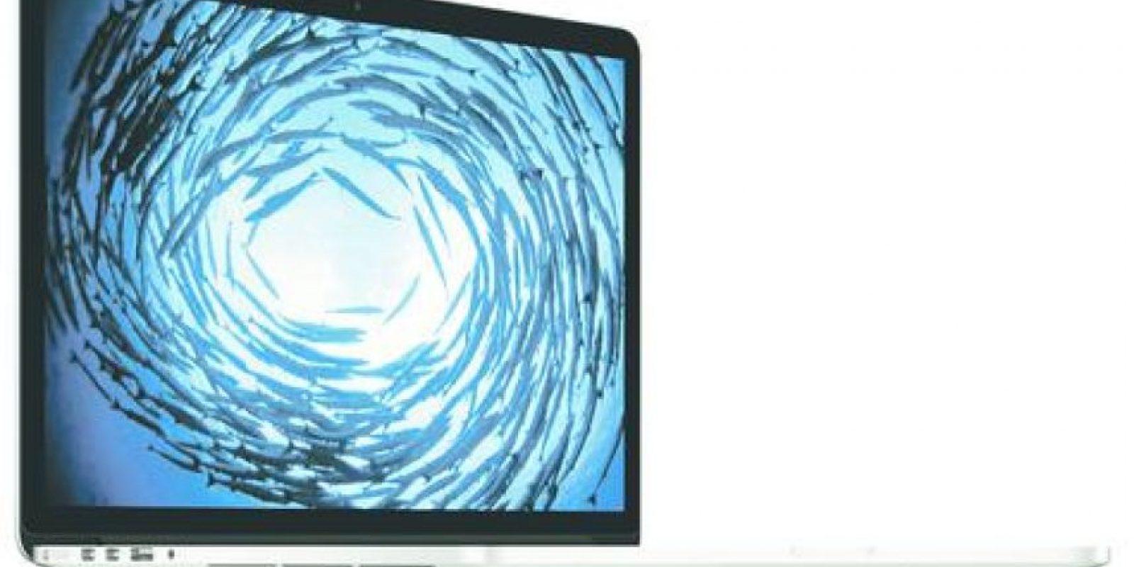 6- MacBook: papá de negocios. Es el regalo ideal para los ejecutivos. Es un computador delgado y liviano. Cada componente del equipo ha sido meticulosamente rediseñado para crear un dispositivo que pesa menos de un kilo y tiene sólo 13.1 mm de grosor.Incluye una pantalla retina de 12 pulgadas y con sólo 0.88 mm de grosor, es completamente de metal, con una nueva estructura unibody y antenas de wifi integradas.Cuenta con un puerto USB-C compacto para transferencia de datos, salida de video y carga en un solo conector; y un nuevo diseño de batería con un 35 % más de capacidad que la que sería posible con las celdas de las baterías tradicionales, para ofrecer hasta nueve horas de navegación web inalámbrica y hasta 10 horas de reproducción de películas. Foto:Fuente externa