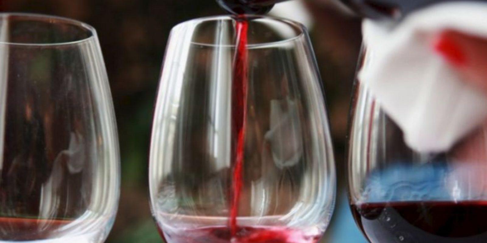 Calcas vivió en el siglo 13. Tenía un viñedo y un vecino le profetizó que no viviría para disfrutarlo. Cuando las uvas maduraron, invitó a su vecino y murió luego de beber. Foto:Getty Images