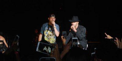 """Mark B y Gabriel mientras interpretaban el tema """"Playa y Arena"""" Foto:Fuente Externa"""