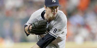 Indios adquieren al zurdo Andrew Miller desde los Yankees de NY
