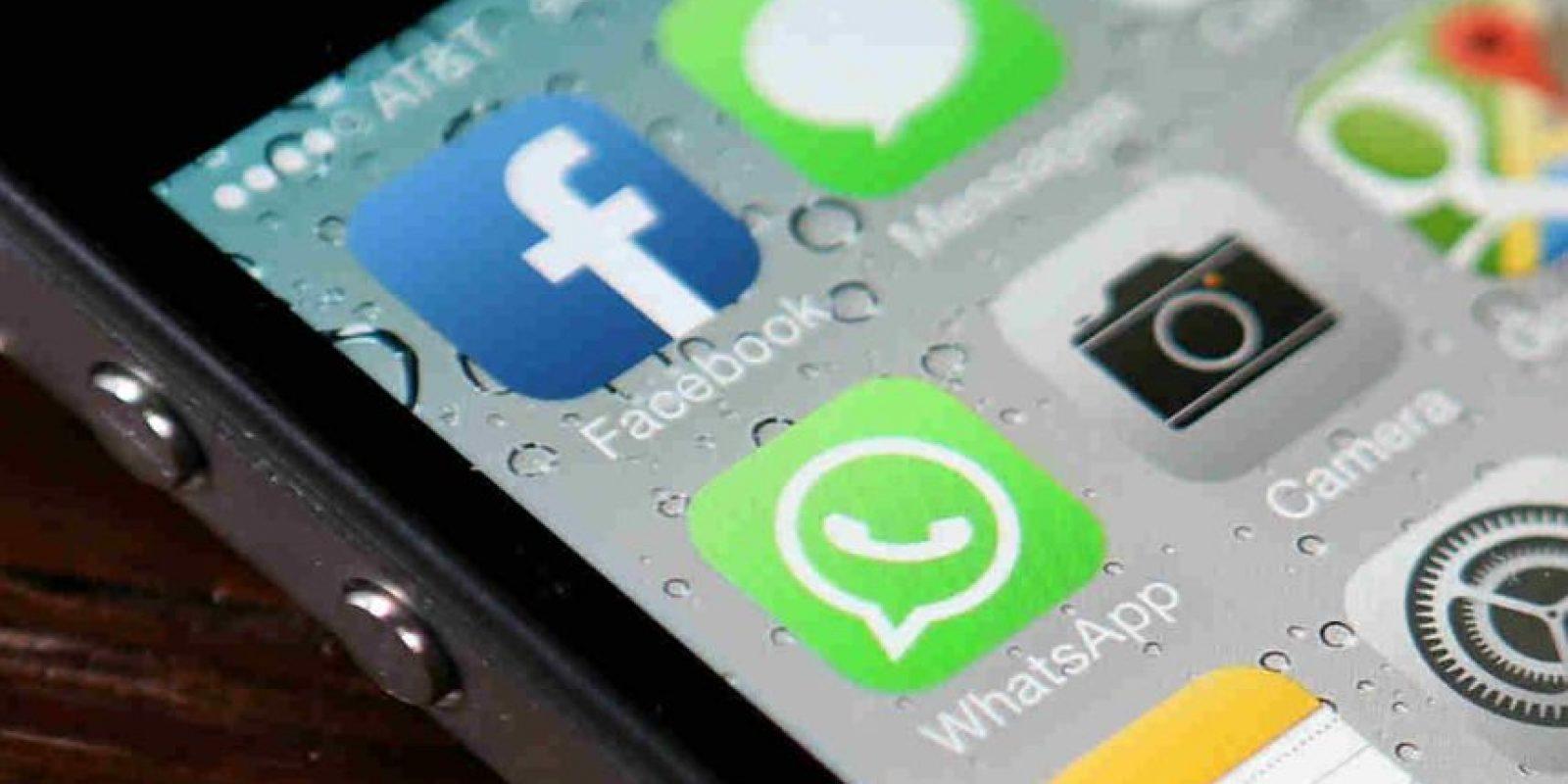 """Y ha desplazado a los SMS, pues al día ya se mandan más """"Whats"""" que mensajes de texto. Foto:Getty Images"""