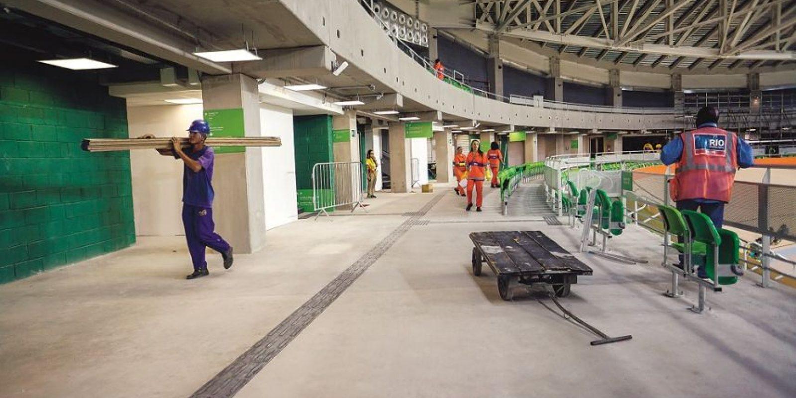 En las zonas de transición y dirigidas al público, van y vienen los trabajadores y limpieza de la calle, como en el Velódromo Foto:BRUNA PRADO/METRO RIO