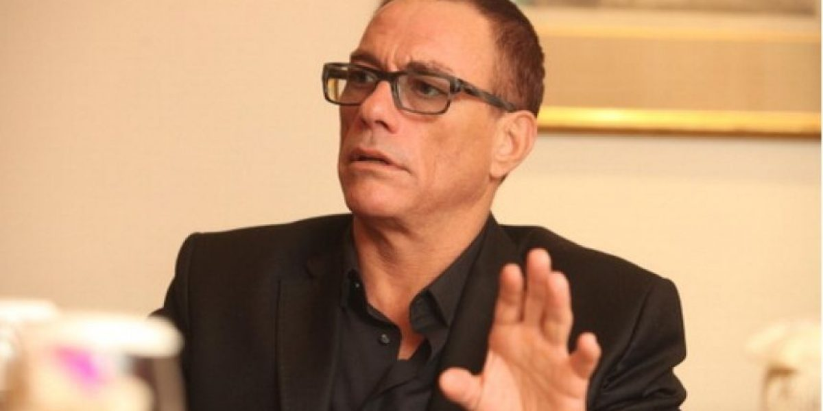 Jean Claude Van Damme se enojó y abandonó entrevista