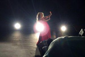 Imágen de la grabación del video click de Miriam Cruz Foto:Fuente Externa