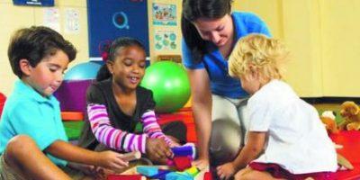 5- Coordinar tiempo para hacer las tareas juntos. Además de ponerlos en una sala de tarea, antes del inicio de las clases, los padres deben sacar tiempo para ayudar a sus hijos y darles el seguimiento que necesitan en cada área de sus estudios. Foto:Fuente externa