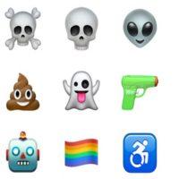 La pistola de agua y la bandera del orgullo gay son nuevas. Foto:Apple