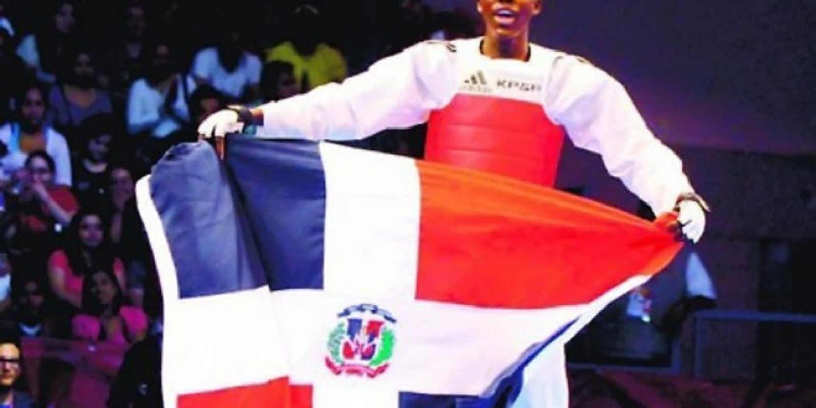 """Luis Pie de taekwondo en los 58 kilogramos. Ha enfrentado y superado a los mejores del mundo en los 58 kilogramos de esta disciplina. El ganador de la medalla de plata en los pasados Juegos Panamericanos es una de las posibiliades de éxito del Comité Olímpico Dominicano en la justa que comienza hoy y finaliza el próximo 21 de este mes.Pie ha demostrado su calidad en cada escenario en que se ha desempeñado y su intención, según sus propias pablaras, es """"poner a sonar el himno nacional en Río"""". Foto:Fuente externa"""