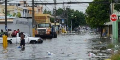 Doce provincias en alerta por fuertes lluvias