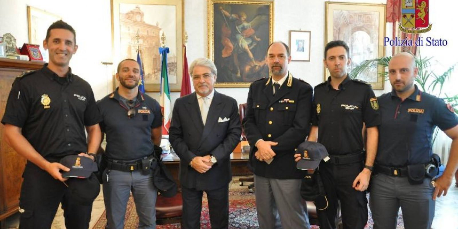 La historia le valió el reconocimiento a la Policía de Roma Foto:facebook.com/questuradiroma
