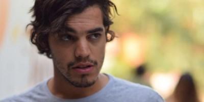 Carlos Moore vuelve a la escena musical con nuevo tema