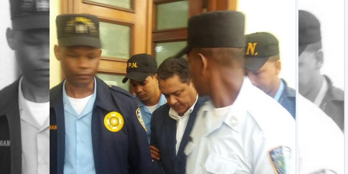 Tras intento de escape, dictan prisión domiciliaria a implicado en Banco Peravia