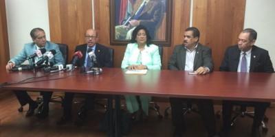 Ruben Darío Cruz, nuevo portavoz del bloque de senadores del PLD
