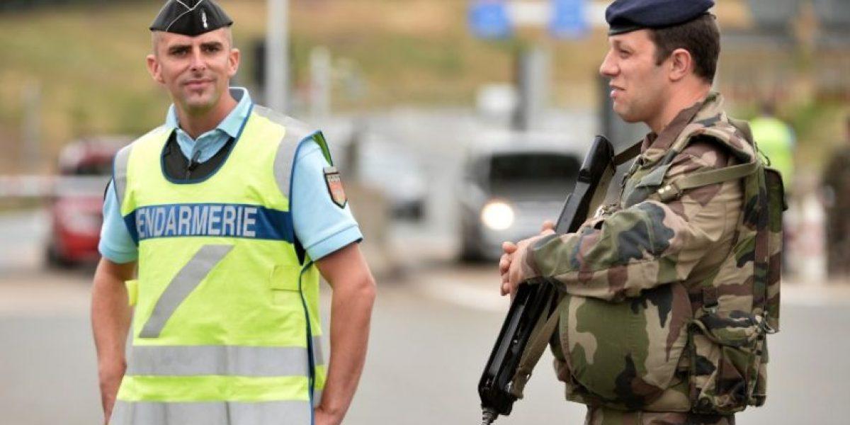 Francia: Joven de 16 años detenida por