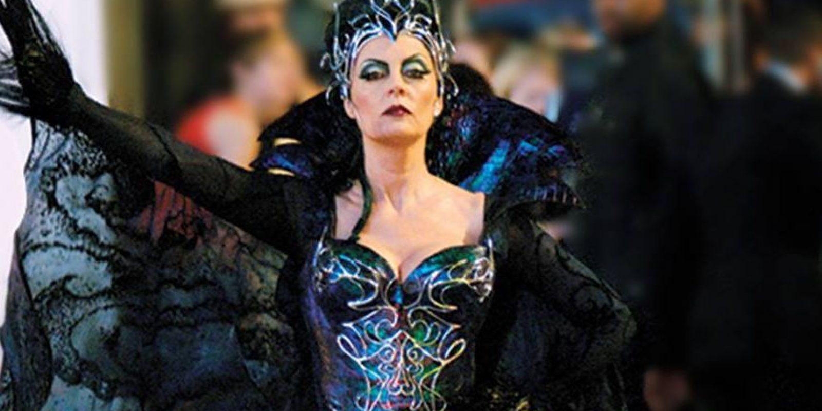 En una entrevista con el conductor Andy Cohen, la actriz reveló que en la mayoría de las premiaciones, excepto en los Óscar, fuma marihuana. Foto:Getty Images