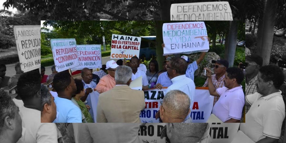 Ante protestas, Medio Ambiente suspende construcción relleno sanitario en Haina