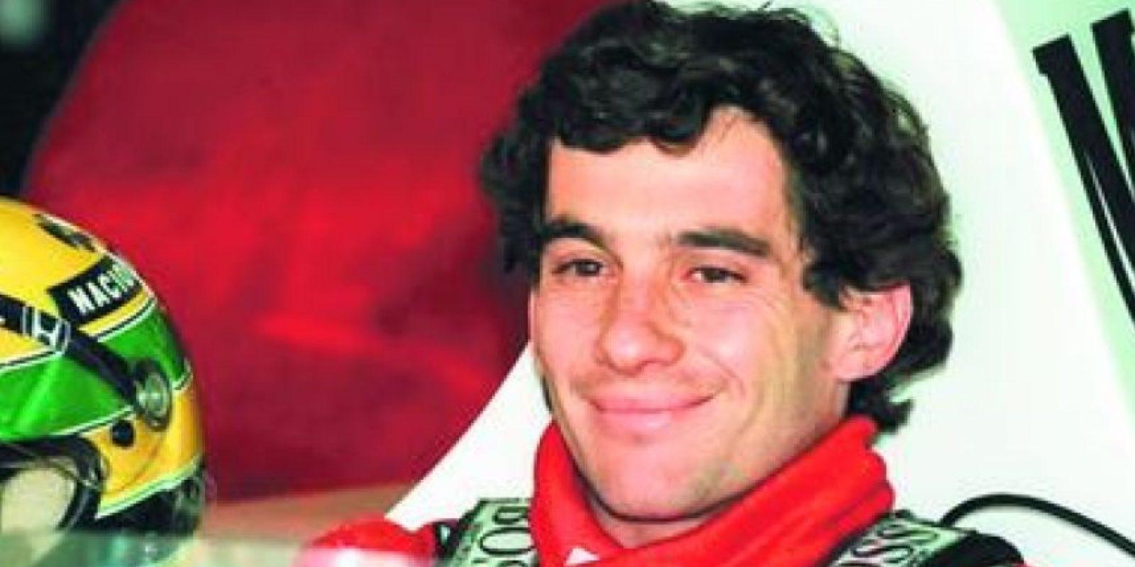"""5- Ayrton Senna. Este piloto brasileño es reconocido por muchos como el más rápido de la historia de este deporte. Tres veces campeón del mundo en la Formula Uno, ganador de más de 40 carreras, de 80 podios y de 65 """"pole position"""" es uno de los grandes zurdos del deporte, tanto por su desempeño en el escenario deportivo, como por su trascendencia fuera de él. Foto:Fuente externa"""