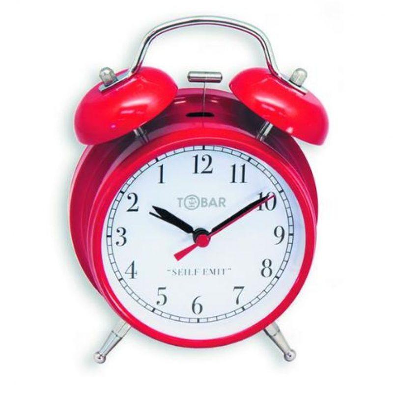 3- Relojes ¡Qué difícil es aprender a ver la hora en un reloj de agujas!Súmele a esto la contrariedad de tener más facilidad en comprender los giros hacia la izquierda que hacia la derecha (como hacen los relojes normales). Para usted sería muy complicado tener el número 1 donde está acostumbrado a ver el 11, pero para un zurdo es la panacea que evitará muchas complicaciones de horario. Foto:Fuente externa