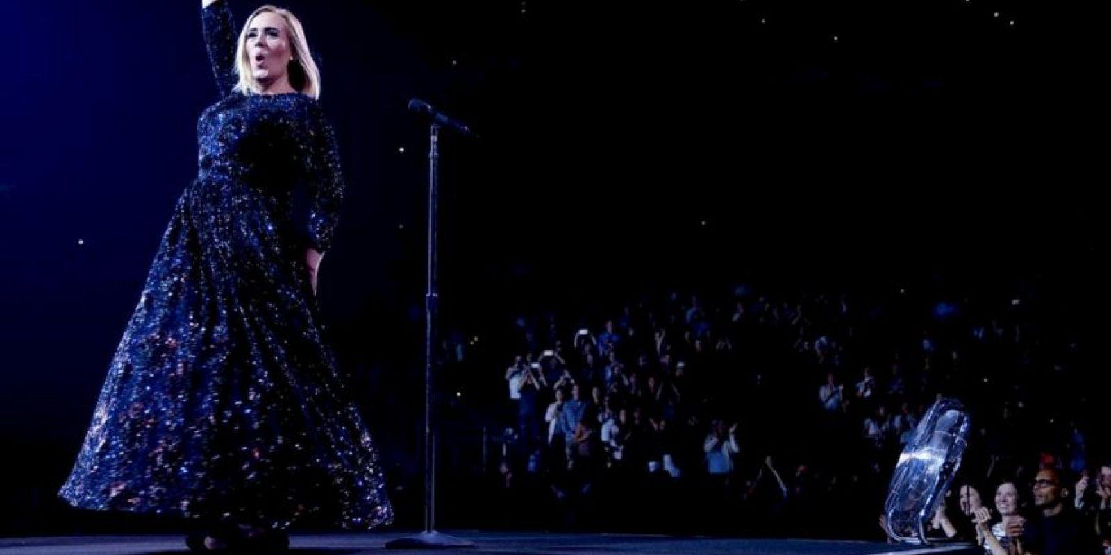 La cantante se negó a ser la estrella del Super Bowl en 2017 Foto:Instagram @adele
