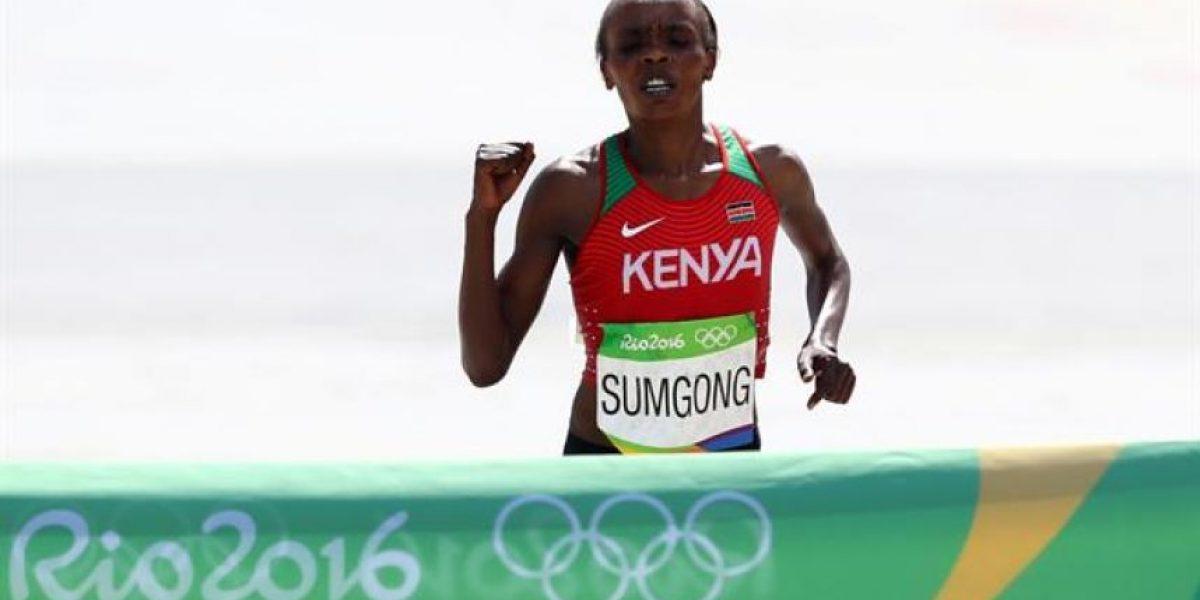 Sumgong logró oro en maratón femenino