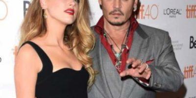 Johnny Depp se cortó el dedo durante pelea con Amber Heard