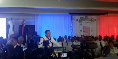 Nuevo alcalde Santiago pide ciudadanos contribuyan a limpieza de la ciudad