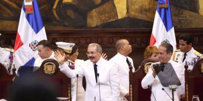 Danilo Medina jura segundo mandato como presidente de la República
