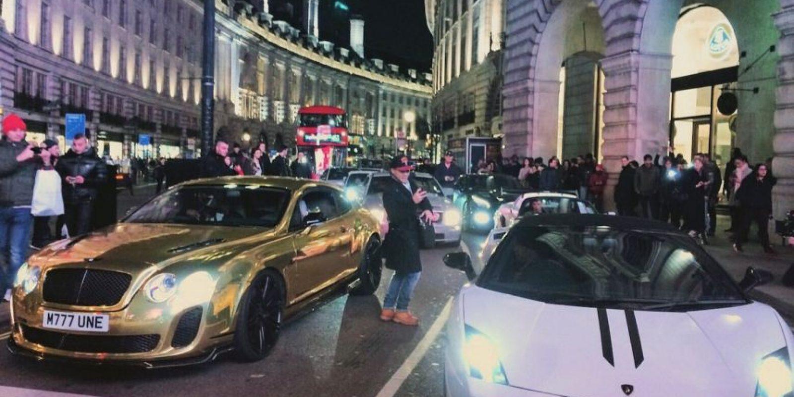 Además de las reacciones que causa en la calle Foto:Twitter.com/RobTM_