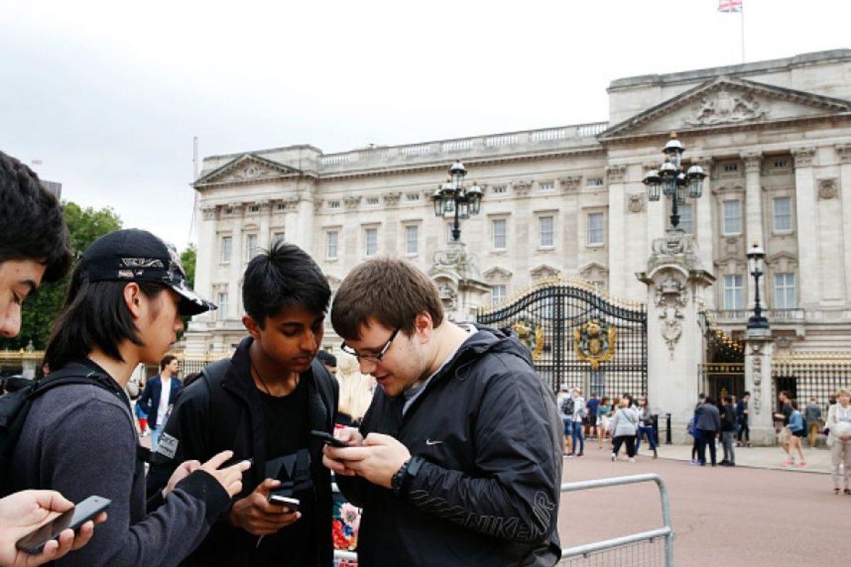 Sí, esas con el rostro de Pikachu y que nos permiten comprar objetos en la Tienda de la app. Foto:Getty Images