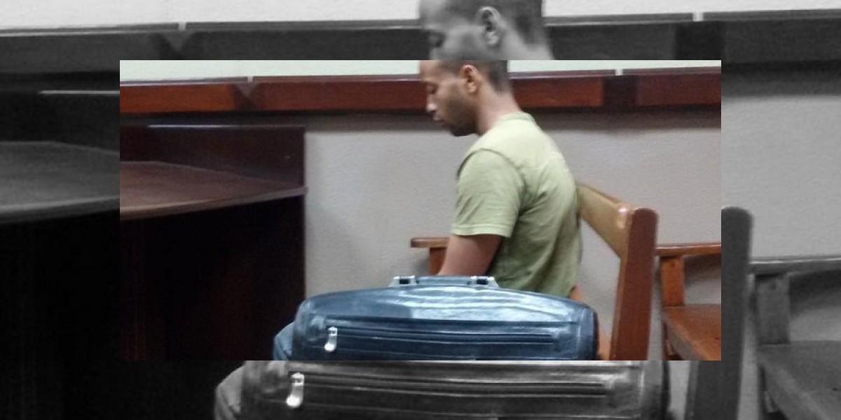 Ratifican condena de 35 años a joven que lanzó artefacto incendiario en Metro