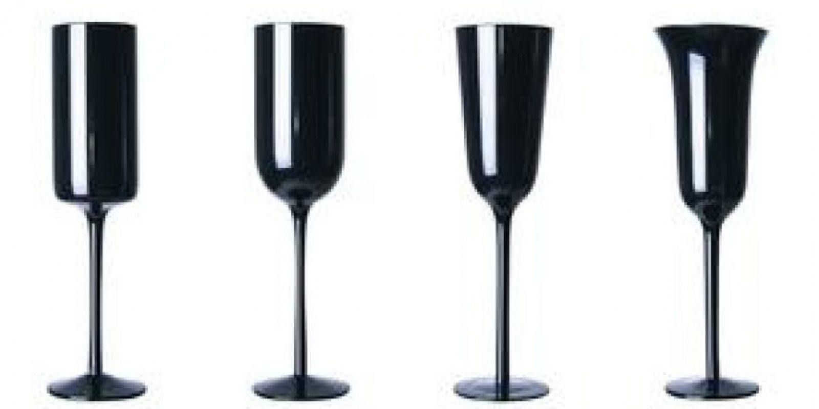 Desigual Black. Copas negras para champán Desigual, con un toque de elegancia y estilo. Foto:Fuente externa