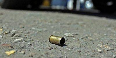 Dos hombres matan desde una motocicleta a mujer que iba en carro en La Vega