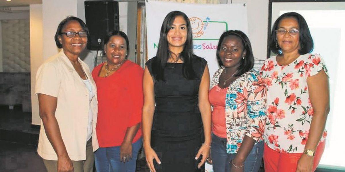 Nestlé capacitó profesores afiliadas en temas de nutrición y buena alimentación