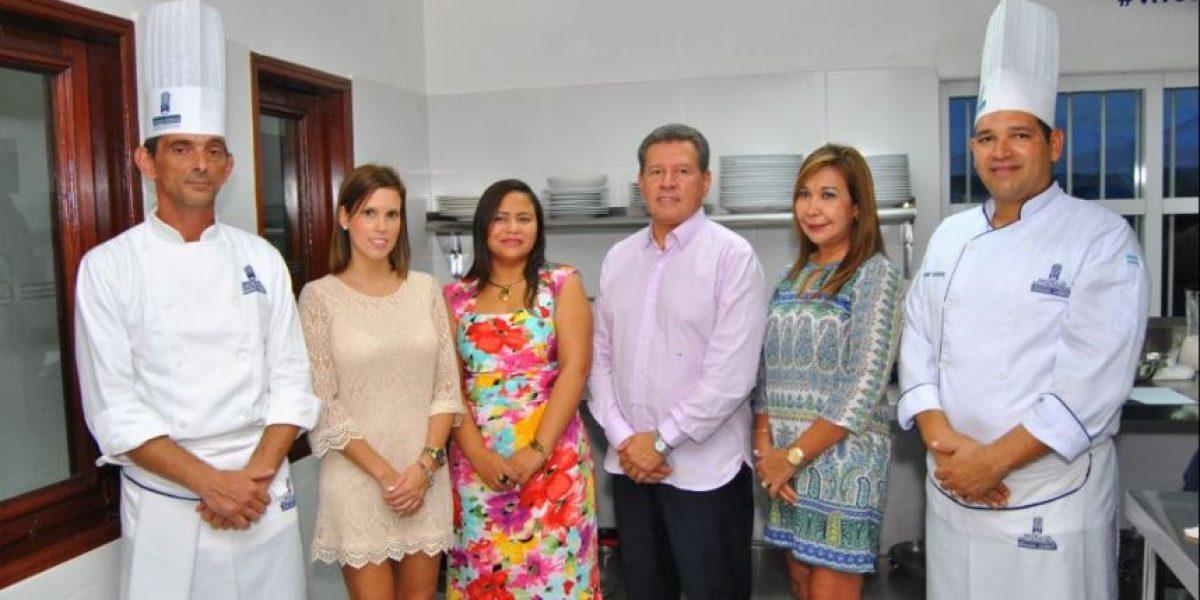 Mariano Moreno y FUNDAPEC unidos