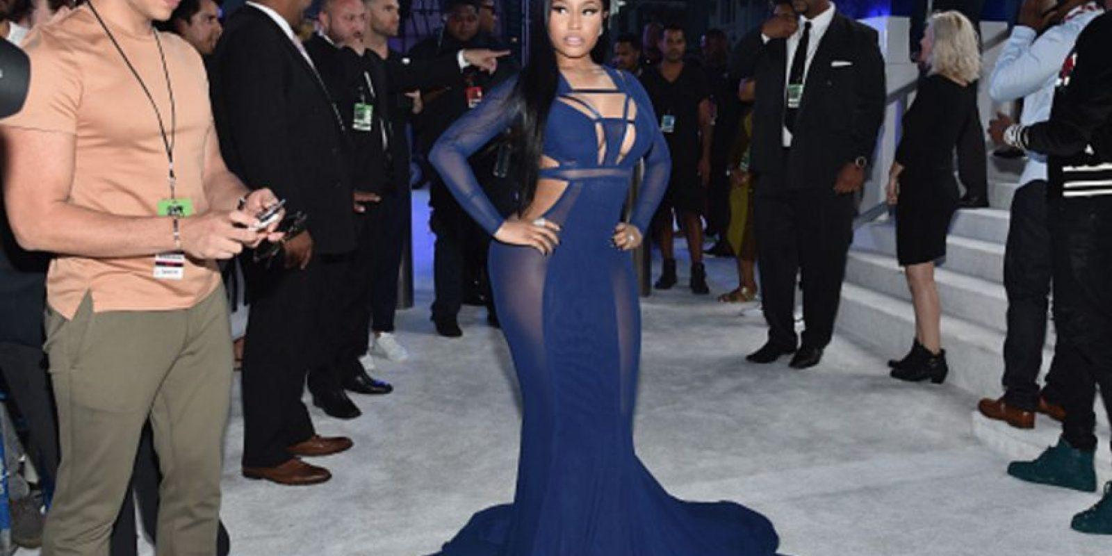 Nicki Minaj ha usado vestidos mejores. Acá parece Morticia en versión tacky. Foto:Getty Images