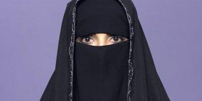3-El burkaEl burka, también llamado burqa, es la vestimenta que más cubre a las mujeres. Abarca todo el cuerpo, con sólo una rejilla en la cara para permitir la visión. Foto:Fuente Externa