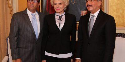 Danilo Medina recibe a Charytín Goico